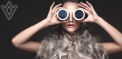 Фотосессия в студиях Nice-Photos: услуги стилиста, макияж, обработка фотографий