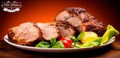 Все меню в баре «Три ерша»: шашлык из семги, свиные ребрышки, пенне с креветкам