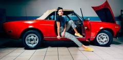 Окрашивание деталей автомобиля и химчистка салона в автосервисе «АвтоДом»