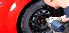 Шиномонтаж и балансировка колес до R18 в сети шинных центров «Колесо»